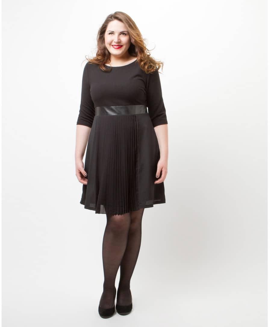 robe noire grande taille tous mes conseils pour la choisir. Black Bedroom Furniture Sets. Home Design Ideas