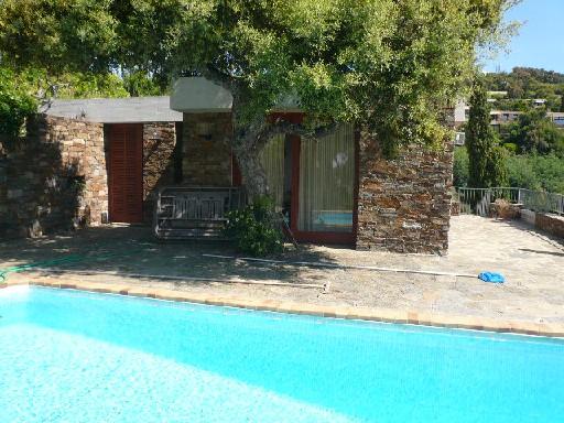 Location bormes les mimosas avec piscine for Location ariege avec piscine