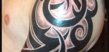 Tatouage bras tribal homme