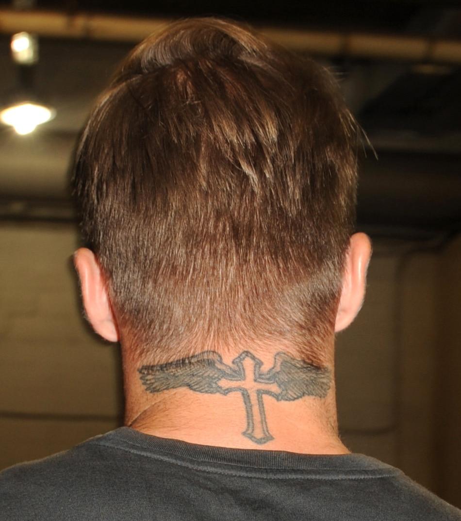 Dessin Tatouage Nuque Homme Kolorisse Developpement