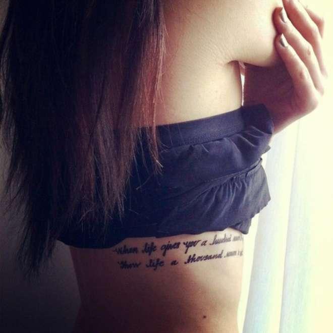 tatouage phrase cotes