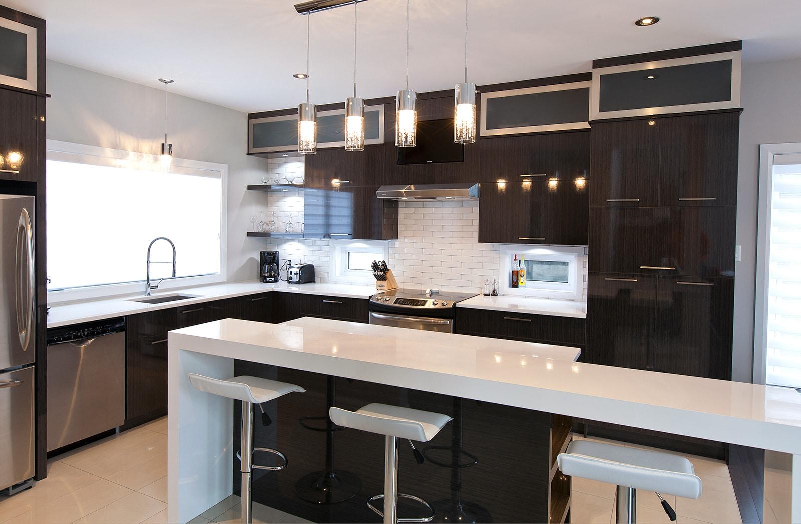 photos de cuisine moderne. Black Bedroom Furniture Sets. Home Design Ideas