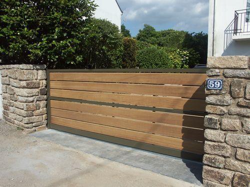 Fabriquer portail coulissant bois for Portillon en solde