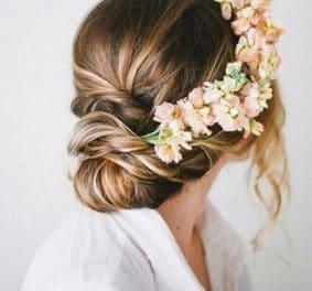 Coiffure mariage fleurs