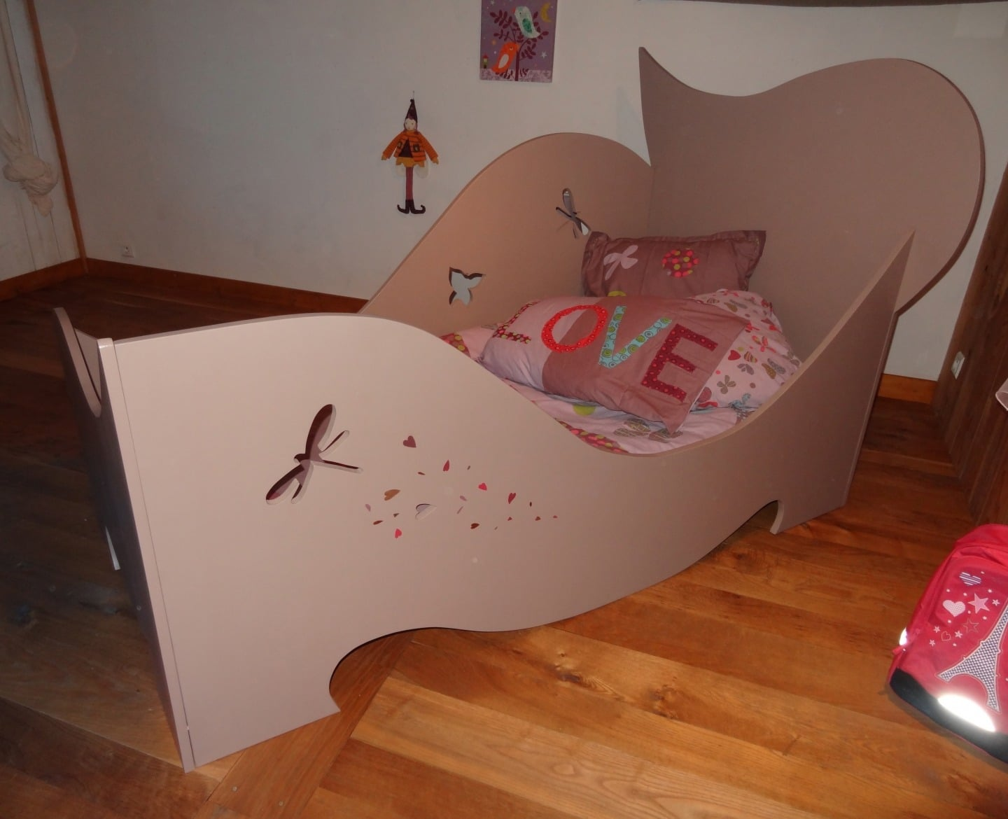 but lit pour enfant. Black Bedroom Furniture Sets. Home Design Ideas