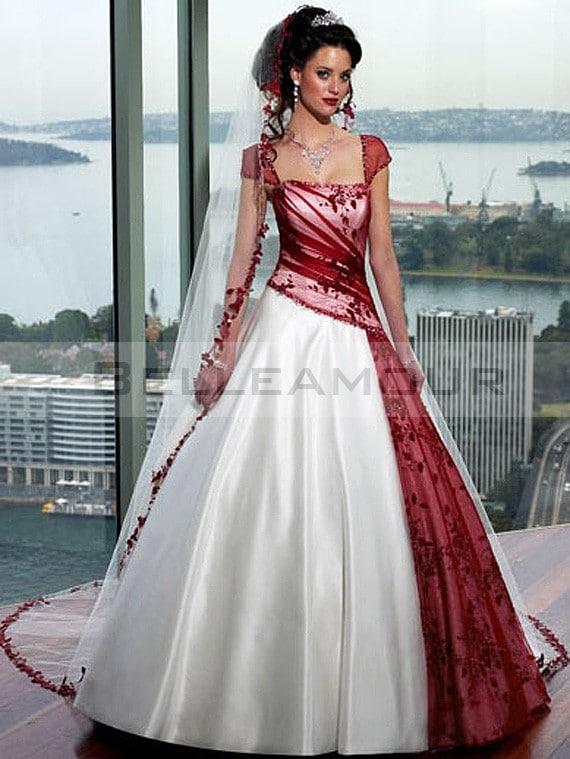 robe de mari e blanche et rouge. Black Bedroom Furniture Sets. Home Design Ideas
