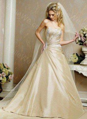 robe de mariée dorée